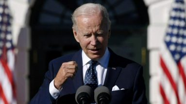 Biden meets with progressive and moderate Democrats to push for social and climate spending